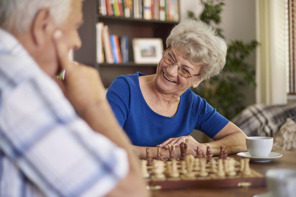 Signs of Dementia in Elderly Women
